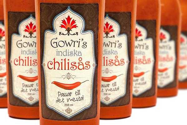 Etikett och produktfoto Gowris indiska chilisås
